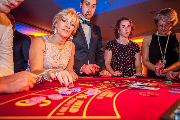 Crazzle Casino Events - Punto Banco - Casinotafels
